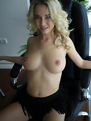 A whole category which, blondes big tits young. The best combination of all. pics ·  nudepussy.sexy